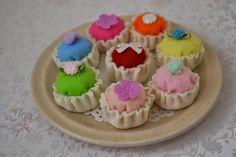 felt miniature cupcakes