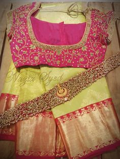 Channelling effortless elegance and grace in this traditional saree blouse with waist belt by Nazia Syed. Wedding Saree Blouse Designs, Pattu Saree Blouse Designs, Blouse Designs Silk, Designer Blouse Patterns, Wedding Sarees, Telugu Wedding, Saree With Belt, Saree Belt, Chennai