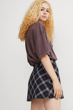 Hm Outfits, Rock, Neue Trends, Lady, Skater Skirt, Skirts, Fashion, Short Skirts, Moda
