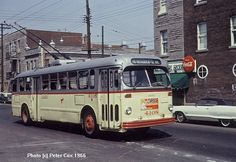 1960s:Trollybus de Montréal rue Beaubien Nostalgia, Tramway, Old Montreal, Canada Eh, Busses, Big Trucks, North America, Places To Visit, Around The Worlds