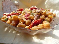 SALATA DE NAUT ~ Retete Rina's 90, Retete de peste tot adunate Pasta Salad, Macaroni And Cheese, Ethnic Recipes, Food, Green, Salads, Crab Pasta Salad, Mac And Cheese, Essen