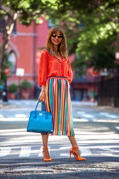 Likes, 118 Comments - Suzanne Spiegoski Nyc Fashion, Skirt Fashion, Boho Fashion, Autumn Fashion, Fashion Outfits, Classic Fashion, Fashion Styles, Classic Style, Cute Skirt Outfits