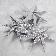 New Diy Christmas Paper Ornaments Origami Stars Ideas Diy Christmas Star, Japanese Christmas, Christmas Origami, Homemade Christmas, Christmas Crafts, Christmas Shirts, Xmas, Origami Diy, Origami Modular