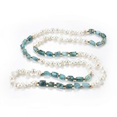 This necklace is hand tied individually with knots between each pearls and green apatite beads separated by gold plated brass spacer beads. Beautiful White Freshwater Pearl, Green Apatite Necklace, Handmade as Unique Composition. 14k Gold Necklace, Gemstone Jewelry, Beaded Jewelry, Beaded Necklace, Freshwater Pearl Bracelet, White Freshwater Pearl, Jewelry Accessories, Jewelry Ideas, Diy Jewelry