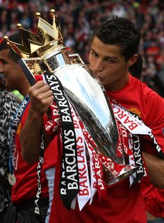United made it three in a row again after a 0-0 draw with Arsenal. It was Ronaldos final game for the club at Old Trafford