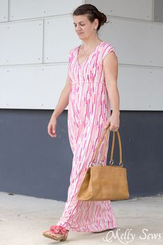 I need this! - Striped Maxi Dress with free pattern - sew a maxi dress for women - 30 Days of Sundresses - Melly Sews