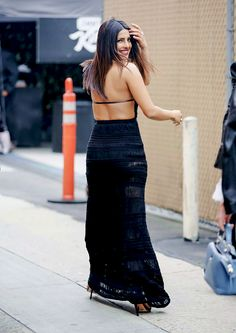 Priyanka Chopra leaving Jimmy Kimmel Live on May 2017 Indian Bollywood Actress, Beautiful Bollywood Actress, Indian Actresses, Priyanka Chopra Hot, Indian Photoshoot, Girl Fashion, Fashion Outfits, Hot High Heels, Bollywood Celebrities