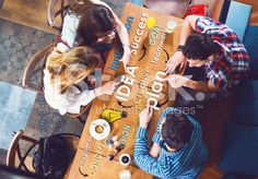 Group of young and creative people at the table, planing – lizenzfreie Stock-Fotografie