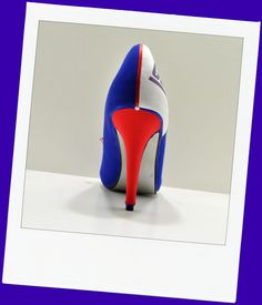 """Back of New York Giants heel """"Empire State of Mind"""""""