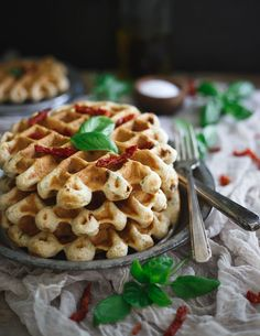 Savory Hummus Waffles filled with sweet Italian sausage, sun-dried tomatoes and basil. Eat them for breakfast with a fried egg, as an appetizer dipped in more hummus or even for dinner! Healthy Waffles, Savory Waffles, Savory Breakfast, Pancakes And Waffles, Breakfast Waffles, Breakfast Time, Waffle Recipes, Brunch Recipes, Breakfast Recipes