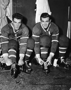 Amazing And Rare Photos From The Canadiens Past Montreal Canadiens, Ken Dryden, Maurice Richard, New York Teams, Ted Lindsay, Bobby Hull, Hockey Hall Of Fame, Nhl Highlights, Hockey Pictures