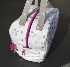 Diy Couture Trousse, Baby Car Seats, Fashion Backpack, Bags, Inspiration, Sports, Jelly Beans, Patterns, Baby Sewing