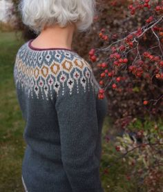 Ravelry: Telja pattern by Jennifer Steingass Fair Isle Knitting Patterns, Jumper Patterns, Icelandic Sweaters, Sweaters For Women, Men Sweater, Cable Knitting, I Cord, Knit In The Round, Alpaca Wool