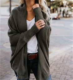 Find out our straightforward, relaxed & simply cool Casual Fall Outfit smart ideas. Get inspired with your weekend-readycasual looks by pinning your most favorite looks. casual fall outfits for women Mode Outfits, Fashion Outfits, Womens Fashion, Fashion Tips, Ladies Fashion, Fashion Ideas, Fashion 2018, Fashion Trends, Fashion Lookbook