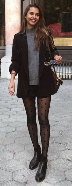 30 Charming Girl Outfits Wear Mini Skirt and White Top .- 30 Charming Girl Outfits tragen Minirock und weißes Oberteil diesen Herbst – Ou… 30 charming girl outfits wear mini skirt and white top this fall – outfit ideas – - Blazer Outfits, Boho Outfits, Casual Outfits, Fashion Outfits, Outfits With Tights, Fashion Tights, Dress And Tights Outfit, Sweater Outfits, Skirt With Tights
