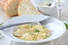 Easy prosecco cream sauce with seafood ravioli. Would be great with lobster ravioli.