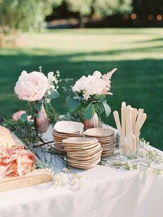 Country Wedding Foods, Country Fair Wedding, Country Wedding Invitations, Outdoor Wedding Favors, Wedding Reception Food, Wedding Ceremony Decorations, Mod Wedding, Rustic Wedding, Dream Wedding