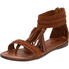 Minnetonka Women's Belize Passport Collection Sandal ($50) ❤ liked on Polyvore featuring shoes, sandals, flats, sapatos, zapatos, woven leather flats, leather flat shoes, braided leather sandals, woven flats and woven sandals