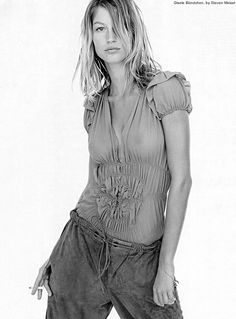 Vogue Italia Jan. 2002 - Portraits by Steven Meisel  Model: Gisele Bündchen