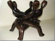 Resultado de imagem para escultura africana feita para servir alimentos
