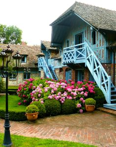 I was quite lucky to stay at La Ferme Saint Simeon in Honfleur, France.