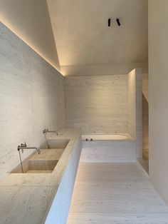Home Decor Minimalist .Home Decor Minimalist Home Decor Bedroom, Travertine Bathroom, Minimalism Interior, Cheap Bathrooms, Bathroom Interior, Home Remodeling, Bathroom Interior Design, House Interior, Bathroom Design