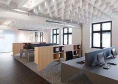 Этот интересный  офис  в промышленным духе от Alexander Fehre расположен в городе Schorndorf, недалеко от Штутгарта, Германия