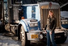 PHOTOS Lisa Kelly returns for Ice Road Truckers Season 7