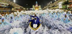 Revellers from Portela samba school perform during the second night of the carnival parade at the Sambadrome in Rio de Janeiro, Brazil February 28, 2017. REUTERS/Ricardo Moraes TPX IMAGES OF THE DAY ORG XMIT: RJO141