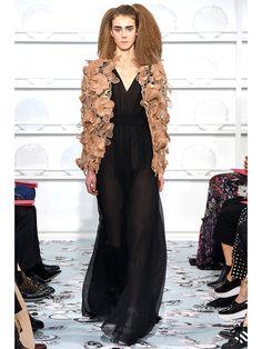 111 платьев с Недели Высокой моды, которые мы хотим | Модные тренды | Тенденции в мире красоты: модный макияж, прически и аксессуары | Allure.ru