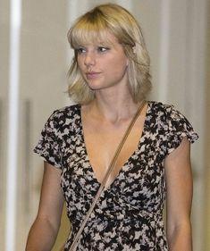 Taylor Swift leaves 'Gemelli Italian' restaurant in Broadbeach