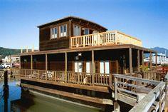Sausalito house boat~