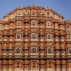 [New] The 10 Best Travel Ideas Today (with Pictures) -  Palacio de los vientos Jaipur #hawamahal #jaipur #india #palaciodelosvientos #nikon #travel #phjuliomelian #incredibleindia Monument In India, Jaipur, Travel Ideas, Nikon, Palaces, Vacation Ideas