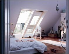 Fenster bis zum Boden im #Schlafzimmer direkt unterm Dach #Wohnidee