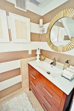 Mixing finishes in this great bathroom by LiveLaughDecorate: Gold, Brass + Brushed Nickel, Chrome = Yes Please!