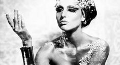 The Egyptian women regarded beauty as a sign of holiness and it played a key role in reinforcing their power. Check out these Egyptian beauty secrets along with fitness & makeup tips. Cleopatra Beauty Secrets, Diy Beauty Secrets, Beauty Hacks, Beauty Solutions, Beauty Tips, Beauty Products, Egyptian Beauty, Ancient Beauty, Advanced Beauty