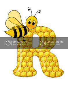 Alfabeto de abeja sobre letras de panal. - Oh my Alfabetos! Bee Pictures, Bee Pics, Spelling Bee, Cute Bee, Cool Cartoons, Tigger, Disney Characters, Fictional Characters, Classroom