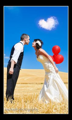 Heart Cloud! Great colors, cute pose and red balloons. Love this pic!