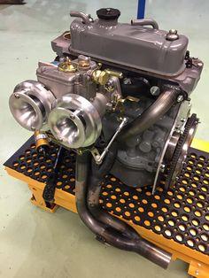 Mini Cooper Custom, Mini Cooper Classic, Classic Mini, Classic Cars, Truck Engine, New Engine, Turbo Motor, Auto Mini, Austin Seven