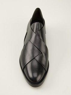 Compre Alexander Wang Brogue modelo `Morgan` .