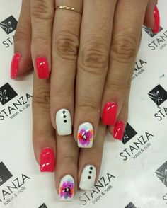 Watercolor look like Nail art in gel @stanzasalon