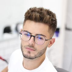 39 Fresh Hairstyles for Men's ! Latest Haircuts Men's Update 2019 - 39 Fresh Hairstyles for Men's ! Latest Haircuts Men's Update 2019 39 Fresh Hairstyles for Men's ! Latest Haircuts Men's Update 2019 Short Quiff, Short Hair Cuts, Short Hair Styles, Short Hair Style Men, Low Fade Haircut, Beard Haircut, Latest Haircuts, Haircuts For Men, Modern Haircuts