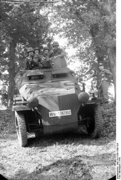 Sd.Kfz. 250/10 (license number WH-1387052), southern France on the Spanish border, 1942