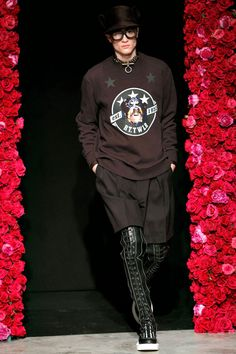 GIVENCHY, AW11: bootsssss.