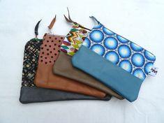 Pochettes bicolore cuir & tissu