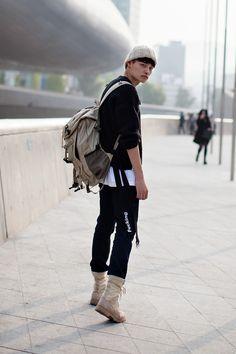 On the street… Jung Hyuk Seoul fashion week 2016 S/S