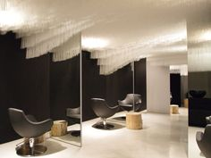 Image 1 of 11 from gallery of Refurbishment of Boa Hairdresser's Salon / Claudia Meier. Photograph by Claudia Meier