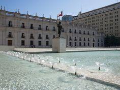 Palacio de Gobierno La Moneda - Turistik Louvre, Building, Travel, Tour Operator, Santiago, Coins, Palaces, Confidence, Viajes