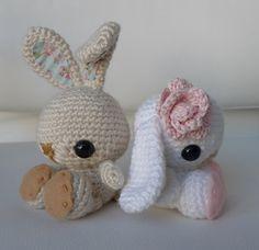 Crochet Amigurumi Rabbit Ideas Ravelry: Spring Bunnies pattern by Stephanie Jessica Lau - English Pattern Only. This pattern uses US Crochet Terms. The file contains a chart to show the conversions to UK Crochet Terms. Bunny Crochet, Crochet Gratis, Crochet Amigurumi Free Patterns, Easter Crochet, Cute Crochet, Crochet Animals, Crochet Dolls, Knitted Bunnies, Amigurumi Tutorial