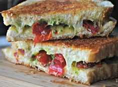 Spicy Havarti Grilled Cheese with Roasted Tomatoes | mountainmamacooks.com